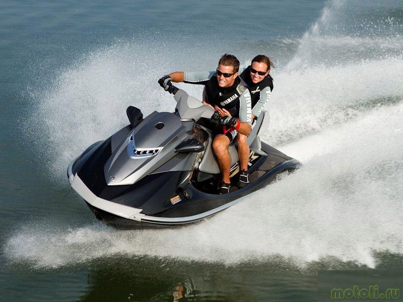 Катание на водном скутере